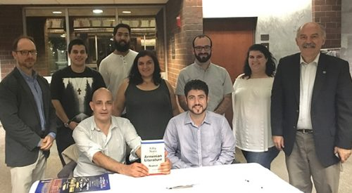 Author speaks about saving western Armenian literature article thumbnail mt-3