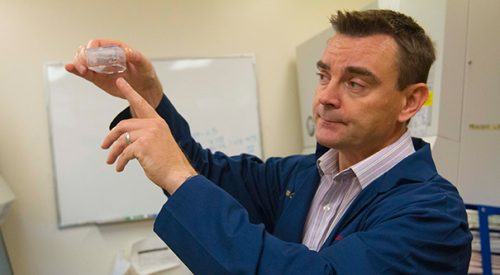 Fresno State professor gets funding for breast cancer research article thumbnail mt-3