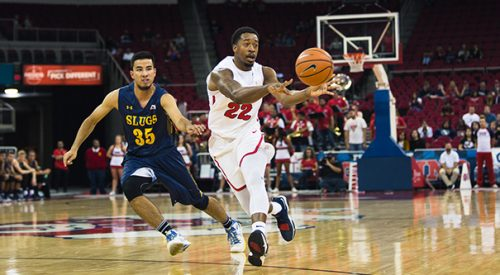 Hopkins leads 'Dogs in record-setting road win article thumbnail mt-2