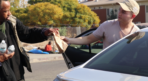 These two students are feeding the homeless, and they need your help article thumbnail mt-3