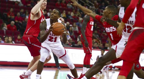 Bulldogs set Save Mart Center shooting record in win article thumbnail mt-3
