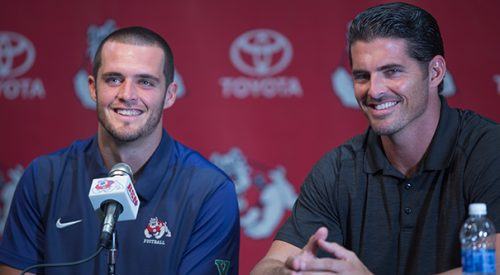 Derek and David Carr are coming to Fresno article thumbnail mt-3