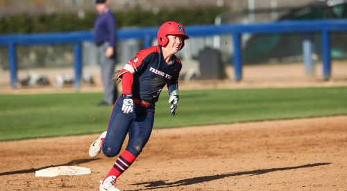 Fresno State takes four of five in Bulldog Classic article thumbnail mt-3