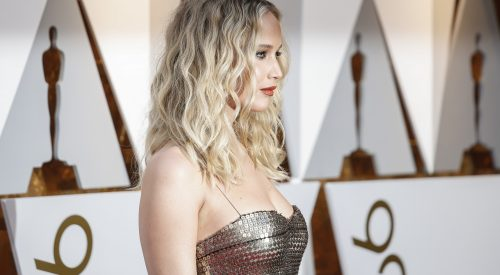 Why Jennifer Lawrence, Jodie Foster presenting an Oscar was a big deal article thumbnail mt-2