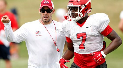 Bulldogs defensive coordinator named as nominee for Broyles Award article thumbnail mt-3