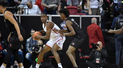 Aztecs upend Bulldogs in quarterfinal clash article thumbnail mt-3