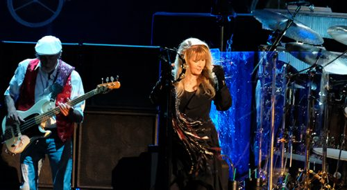 Fleetwood Mac tickets available Friday article thumbnail mt-3