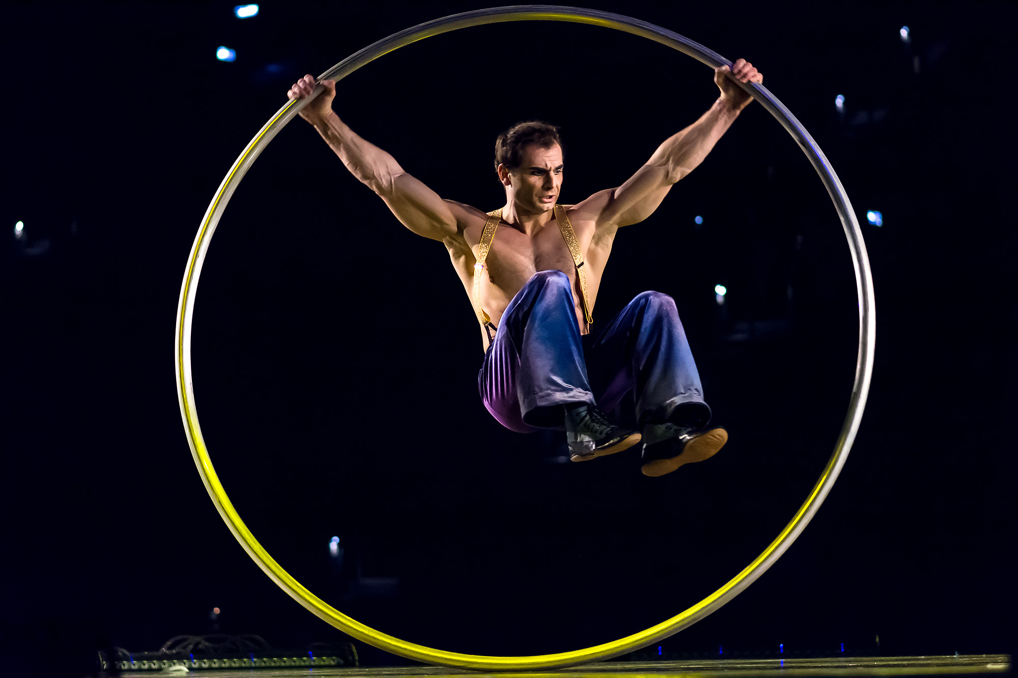 Cyr Wheel Costumes Dominique Lemieux 2018 Cirque du Soleil Photo 2