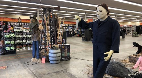 This year's popular Halloween costumes article thumbnail mt-2