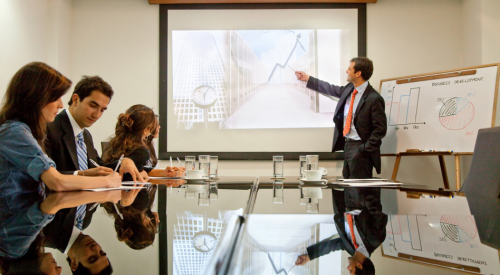 Making the Right Impression in a Business Presentation article thumbnail mt-3