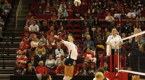 Bulldogs volleyball secures decisive victory over Aggies article thumbnail mt-3