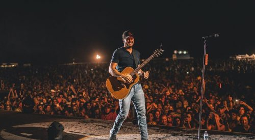 Country artist Luke Bryan making his second appearance at Save Mart Center article thumbnail mt-3