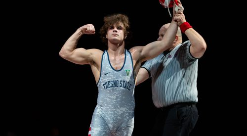 'Dogs defeat Oregon State and get their third straight dual win article thumbnail mt-3