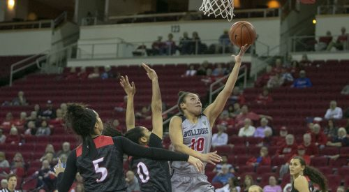 Women's basketball dropped in MW semis article thumbnail mt-3