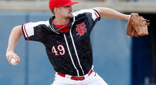 'Dogs baseball bounces back in second game of doubleheader against UNLV article thumbnail mt-3