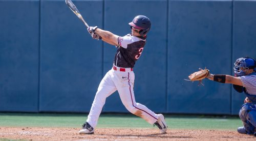 Late inning home run cost Bulldogs victory and series article thumbnail mt-3