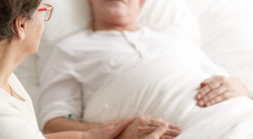 How to Make My Uncle Comfortable in Hospice Care? article thumbnail mt-3