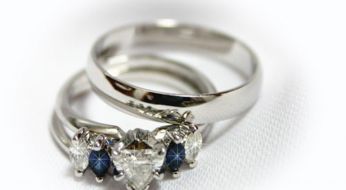 What Wedding Ring Options (Besides Gold) Can I Choose for My Husband? article thumbnail mt-3