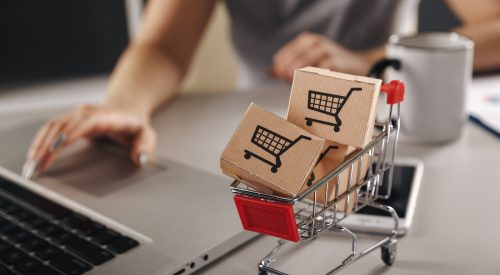 Can I Still Make Money with Drop Shipping? article thumbnail mt-3