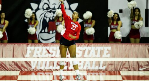 A season-high 12 aces help the 'Dogs sweep the Aggies article thumbnail mt-3