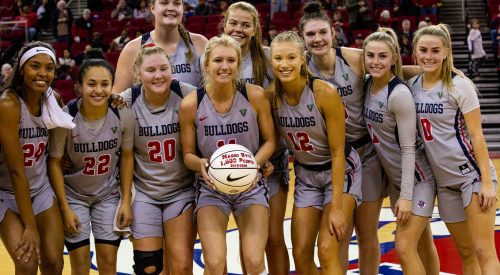 Where is the love for Fresno State women's basketball? article thumbnail mt-3