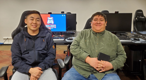 Fresno State esports coach defies family expectations to pursue his dream article thumbnail mt-3