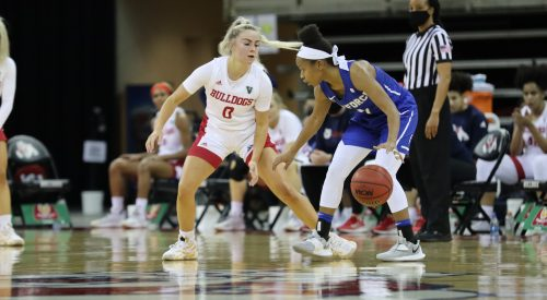 Fresno State's strong start lifts team to fourth consecutive win article thumbnail mt-3