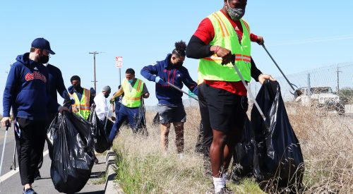 Fresno State football partners with city to clean Fresno neighborhoods article thumbnail mt-3