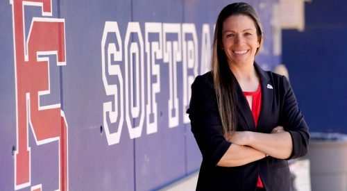 Fresno State's new softball coach brings veteran talent to new team article thumbnail mt-3