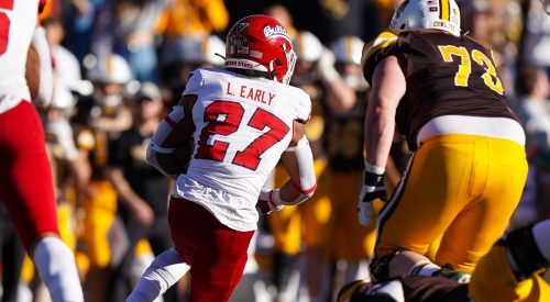 Fresno State defense locks down Wyoming in shutout victory article thumbnail
