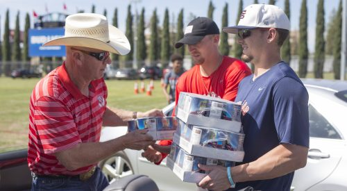 Fresno State community comes together to 'Feed the Need' article thumbnail mt-3